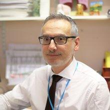 Dr David Farrugia
